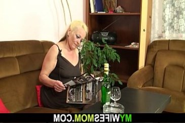 Hairy blonde m. in pantyhose taboo sex from granny in pantyhose